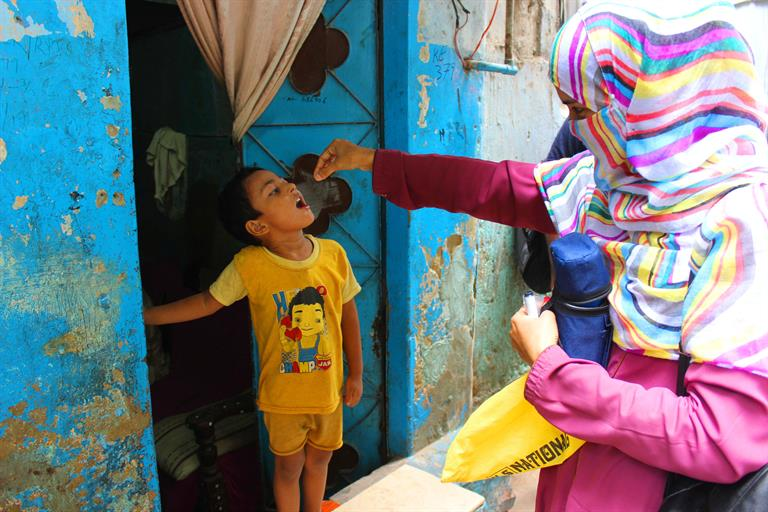 Pakistan resumed its polio vaccination activities on July 20
