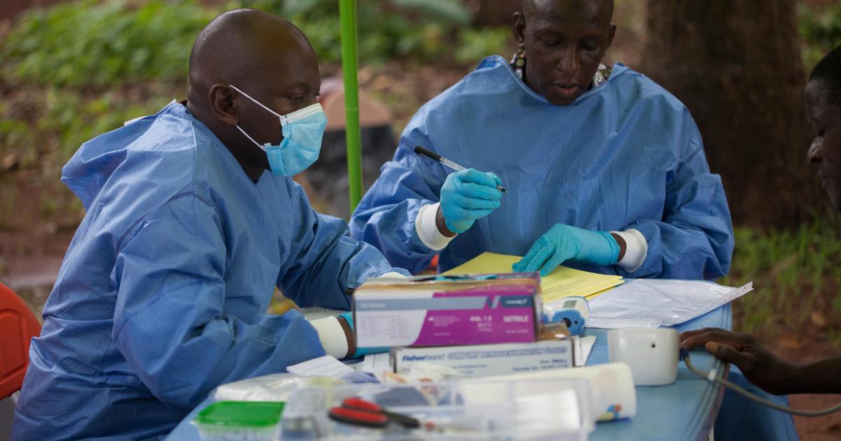 Окончательные результаты испытаний подтверждают, что вакцина против Эболы обеспечивает высокий уровень защиты от этой болезни