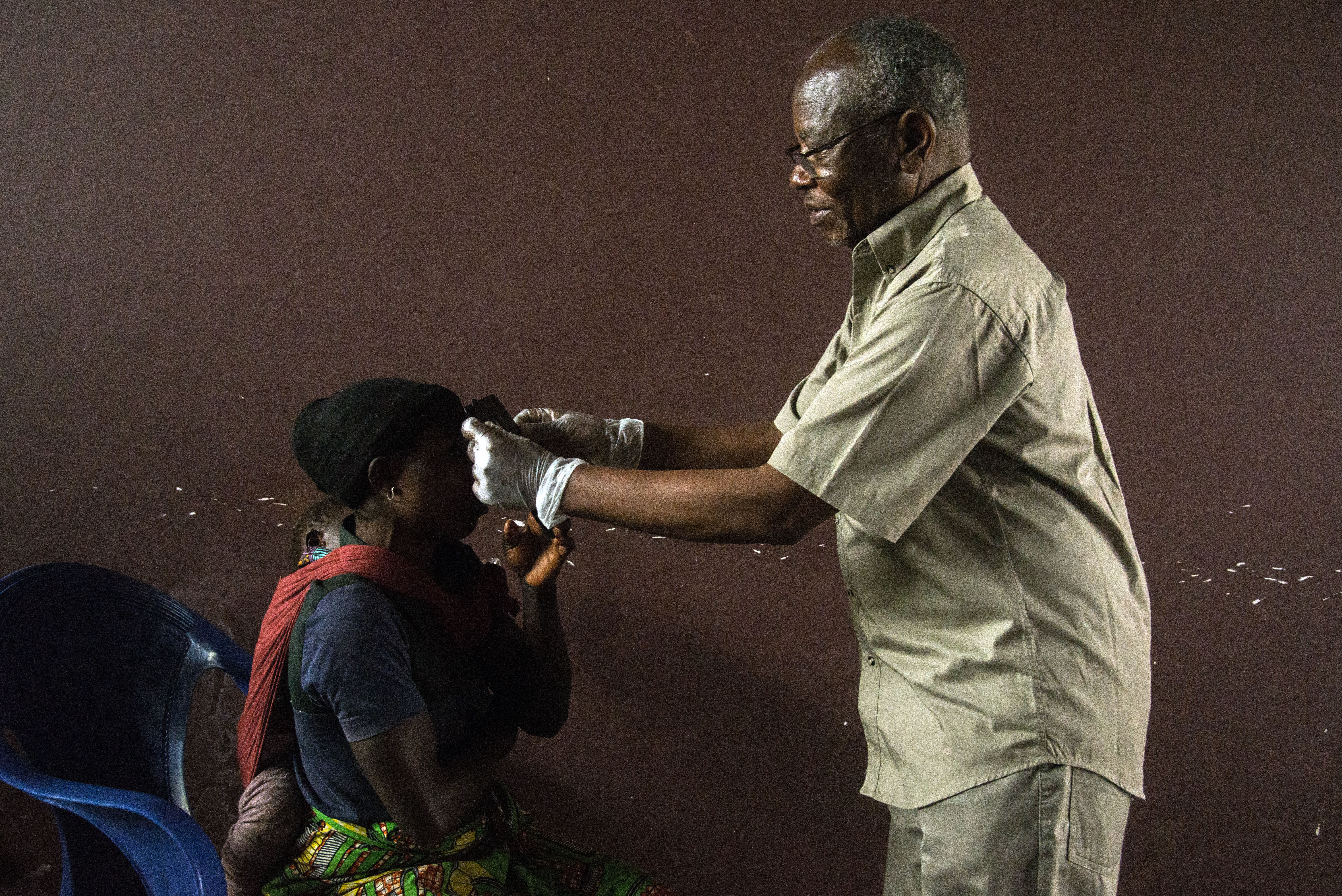 eye test telesphore mumbere drc ebola