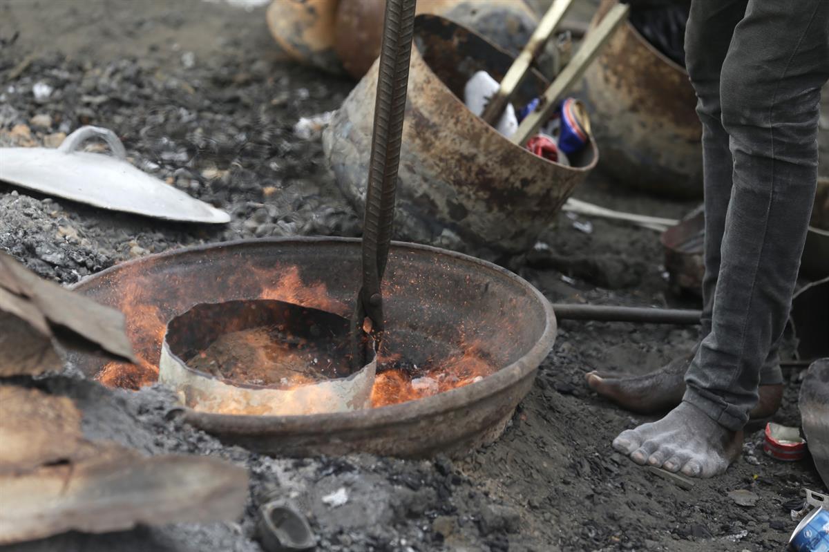 niños en el mundo se ve afectado por envenenamiento por plomo.posdata-digital-press